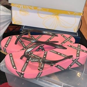 Juicy Couture Charm Sandals